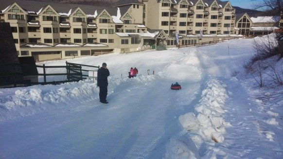snow tubing at loon mountain new hampshire kidsnew