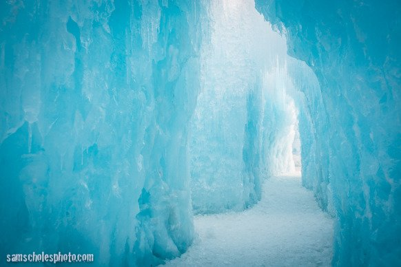 New Hampshire Ice Castles Frozen Wonderland Returns To